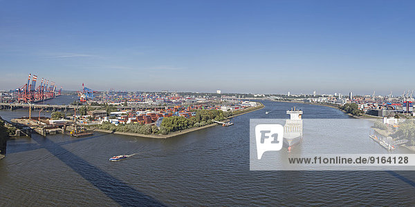 View from the Köhlbrand Bridge onto the Port of Hamburg  Hamburg  Germany