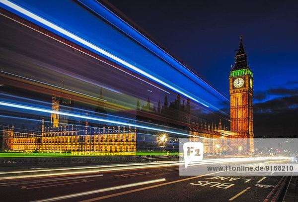 Langzeitaufsicht des Verkehrs durch Big Ben  London  Großbritannien