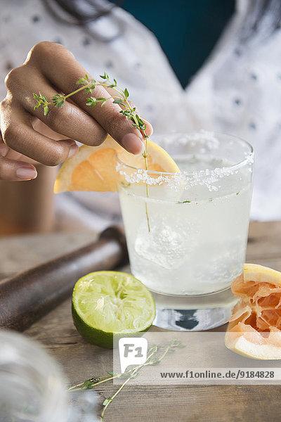 Frau Produktion mischen Cocktail Mixed Frau,Produktion,mischen,Cocktail,Mixed