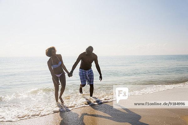 Strand halten