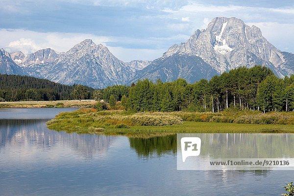 Vereinigte Staaten von Amerika USA entfernt Fluss Ansicht Berg Wyoming