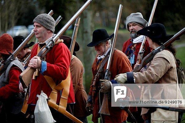 halten Fest festlich Großbritannien Geschichte Soldat Schlacht Krieg Cheshire englisch