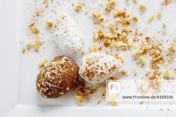 Zwei Sorten Mousse au Chocolat (Aufsicht)
