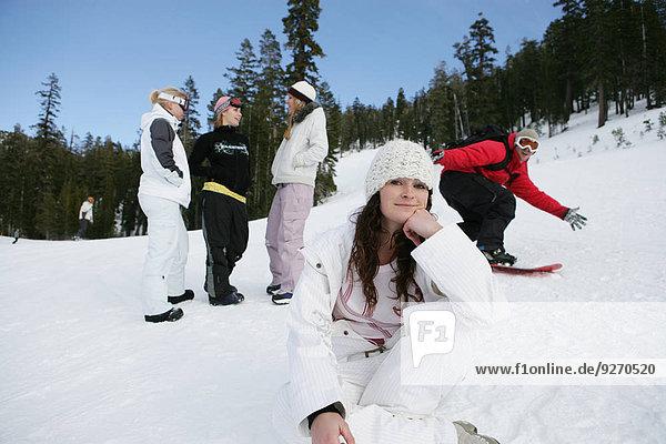 Mensch Menschen Menschengruppe Menschengruppen Gruppe Gruppen Ski Hang