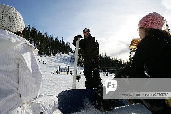 Frau Mann sprechen Ski 2 Hang