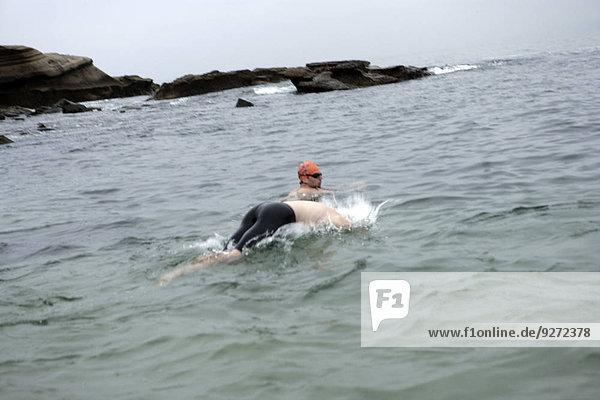 Mensch zwei Personen Menschen Schwimmer Meer Ansicht 2 schwimmen