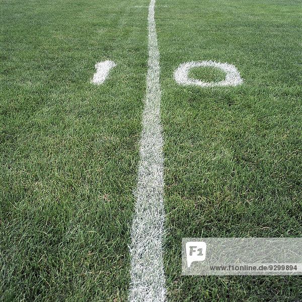 Die Zehn-Meter-Linie auf einem American-Football-Feld