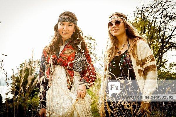 Hippy Girls im Freien