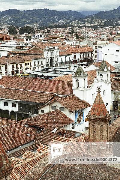Asuncion Hauptstadt Dach über frontal Ansicht Cuenca Ecuador
