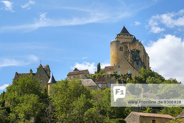Chateau de Castelnaud Schloss und Dorf  Castelnaud-la-Chapelle  Department Dordogne  Aquitanien  Frankreich