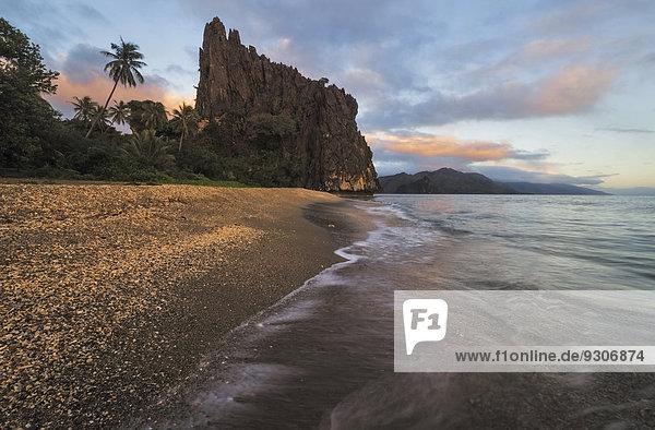 Linderalique Felsen  Rocher du billet de 500  Hienghène  Nordprovinz  Grande Terre  Neukaledonien
