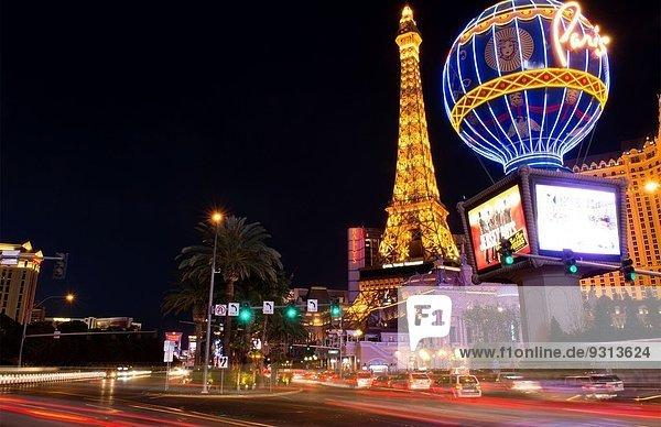 Paris Hauptstadt Energie energiegeladen Nacht Glücksspiel Bewegung Nevada Las Vegas Casino Straßenverkehr