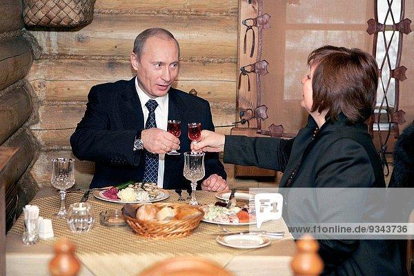 Ehefrau am Tisch essen Restaurant Präsident Gericht Mahlzeit