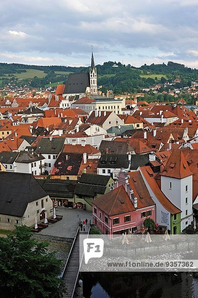 Europa sehen Palast Schloß Schlösser Stadt Fluss Tschechische Republik Tschechien Moldau Böhmen alt