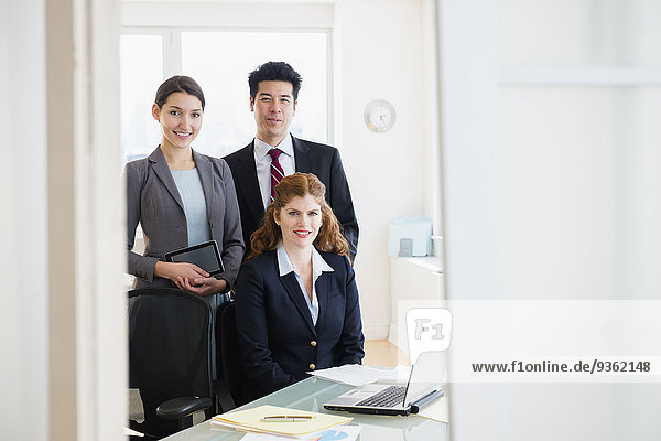 Mensch Büro Menschen lächeln Business