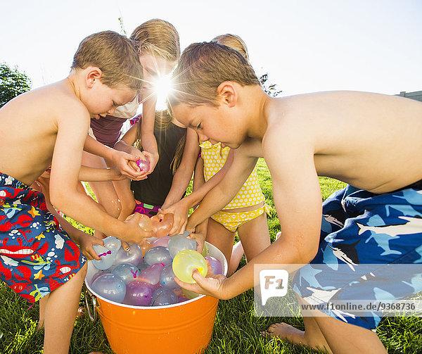 Wasser Europäer Luftballon Ballon Garten Hinterhof spielen