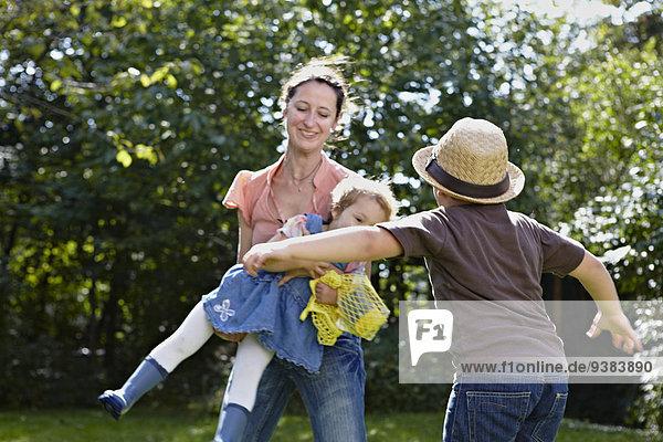 Garten Mutter - Mensch spielen