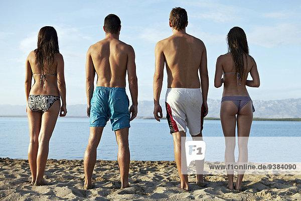 Mensch Menschen Strand Menschengruppe Menschengruppen Gruppe Gruppen