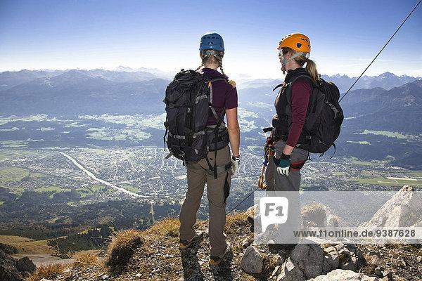 stehend, Berg, sehen, hoch, oben, Bergsteiger