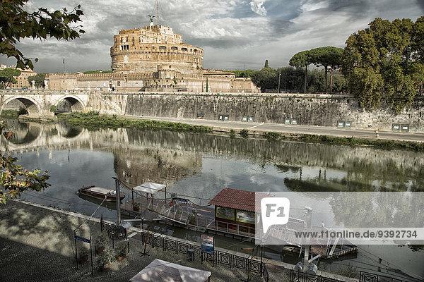 Rom Hauptstadt Europa Spiegelung Brücke Antiquität Tiber Italien