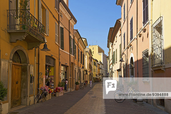 Außenaufnahme Landstraße Europa Tag Wohnhaus Gebäude niemand Architektur Adriatisches Meer Adria Emilia-Romangna Italien Ravenna