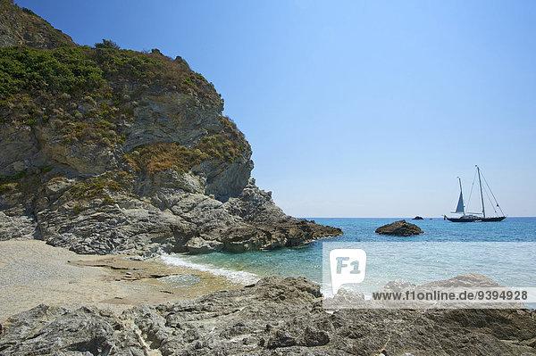 Außenaufnahme Landschaftlich schön landschaftlich reizvoll Sehenswürdigkeit Europa Tag Strand Küste niemand Meer Natur Kalabrien Capo Vaticano Italien Mittelmeer Tropea