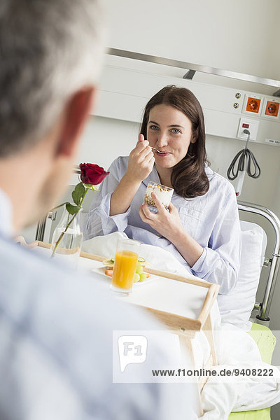 Ehefrau Krankheit Beruf Ehemann
