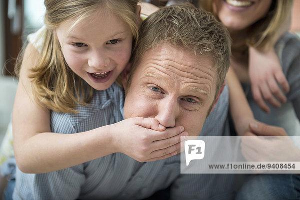 bedecken Tochter Menschlicher Vater