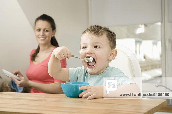 lächeln Sohn Küche Mutter - Mensch