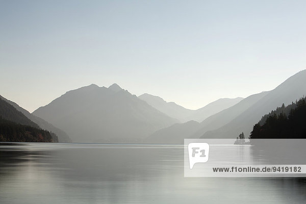 Lake Crescent  Clallam County  Olympic-Nationalpark  Washington  USA