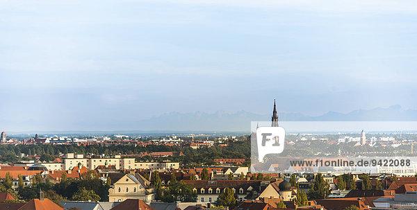 Stadtansicht von München mit Mariahilfkirche  München  Oberbayern  Bayern  Deutschland