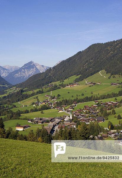 Ortsansicht  Alpbachtal  Alpbach  Tirol  Österreich