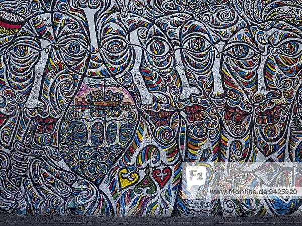 Graffiti an der East Side Gallery  Friedrichshain  Berlin  Deutschland Graffiti an der East Side Gallery, Friedrichshain, Berlin, Deutschland