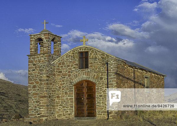 Kleine Kirche  bolivianische Hochebene Altiplano  Santiago De Huata  La Paz  Bolivien