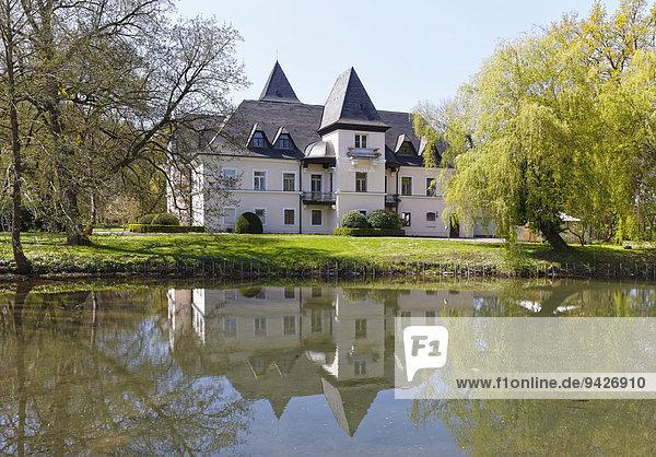 Schloss Pullach  Kolbermoor  Oberbayern  Bayern  Deutschland