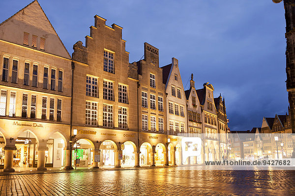 Gabled houses on Prinzipalmarkt street at night  Münster  North Rhine-Westphalia  Germany