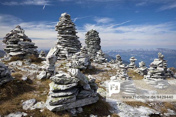 Steinstadt oder Steinmänchen bei der Fünf-Seen-Tour am Pizol  Bad Ragaz  Heidiland  Schweizer Alpen  Schweiz  Europa  ÖffentlicherGrund