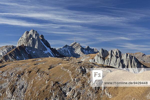 Herbststimmung im Hochgebirge des Alpstein beim Altmann  Zwinglipasshütte und Mutschen  Appenzell  Schweizer Alpen  Schweiz  Europa  ÖffentlicherGrund