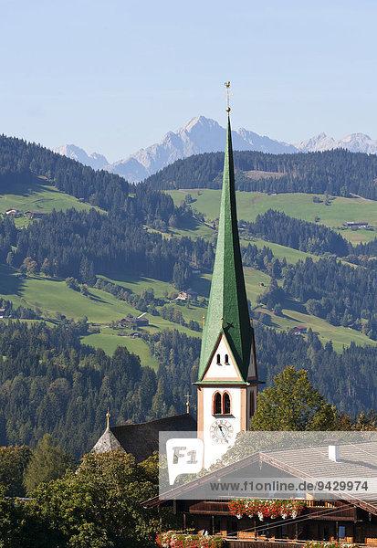 Pfarrkirche St. Oswald  Alpbach  Bezirk Kufstein  Österreich