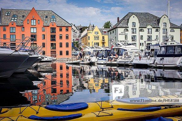 Hafen Norwegen Alesund More og Romsdal