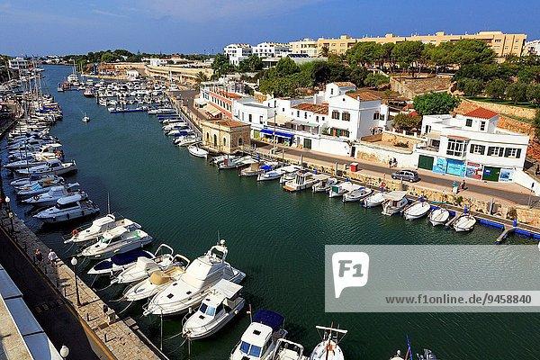hoch oben Hafen Geschichte Ansicht Menorca alt Spanien
