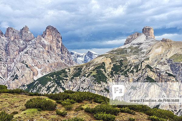 Schwalbenkofel und Schwabenalpenkopf  Sextener Dolomiten  Provinz Südtirol  Italien  Europa