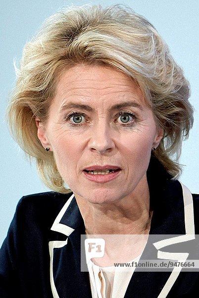 benutzen Christliche Union Deutschlands CDU Verteidigung Werbung Politiker 10 Dezember deutsch