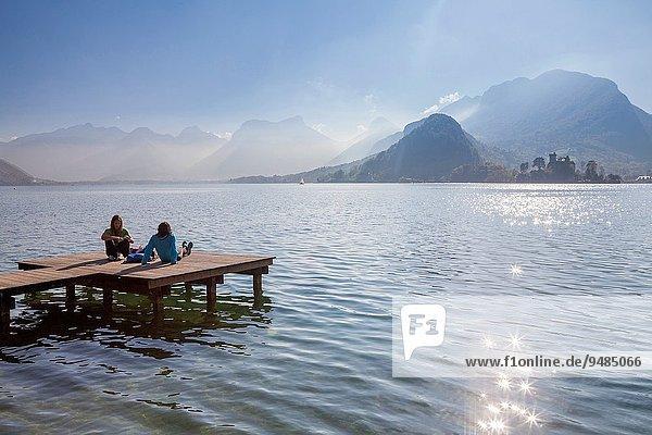 Frankreich See Dorf Haute-Savoie Annecy Bank Kreditinstitut Banken