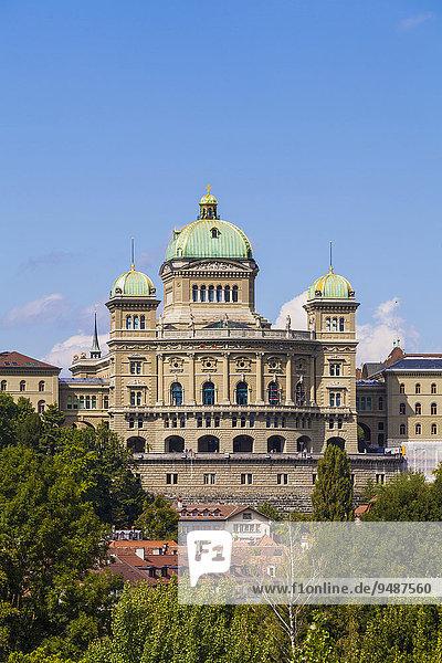 Bundeshaus in der Berner Altstadt  Bern  Kanton Bern  Schweiz  Europa
