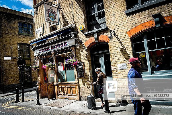 Pub at Shoreditch and Hoxton neighborhood in London  United Kingdom  Europe.
