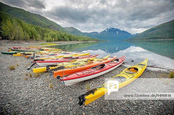 nahe Wasserrand See Kajak Eklutna Alaska Anchorage