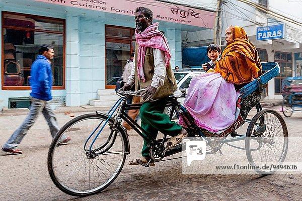 nehmen Junge - Person Schule (Einrichtung) Taxi Delhi Hauptstadt Indien Rikscha