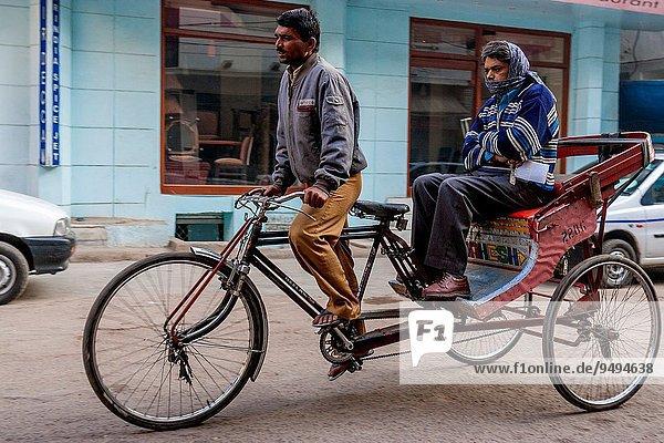 Mann Reise Taxi Delhi Hauptstadt Indien Rikscha