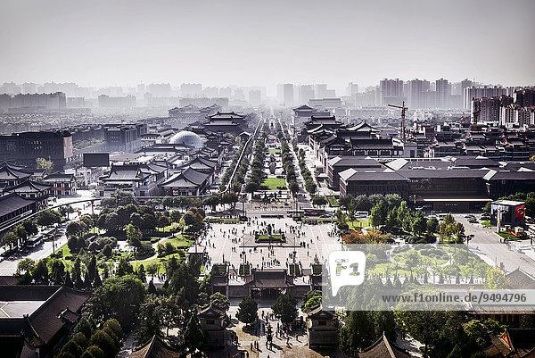 Luftbild von Xi'an  von der Großen Wildganspagode  Xi'an  Shaanxi  China  Asien